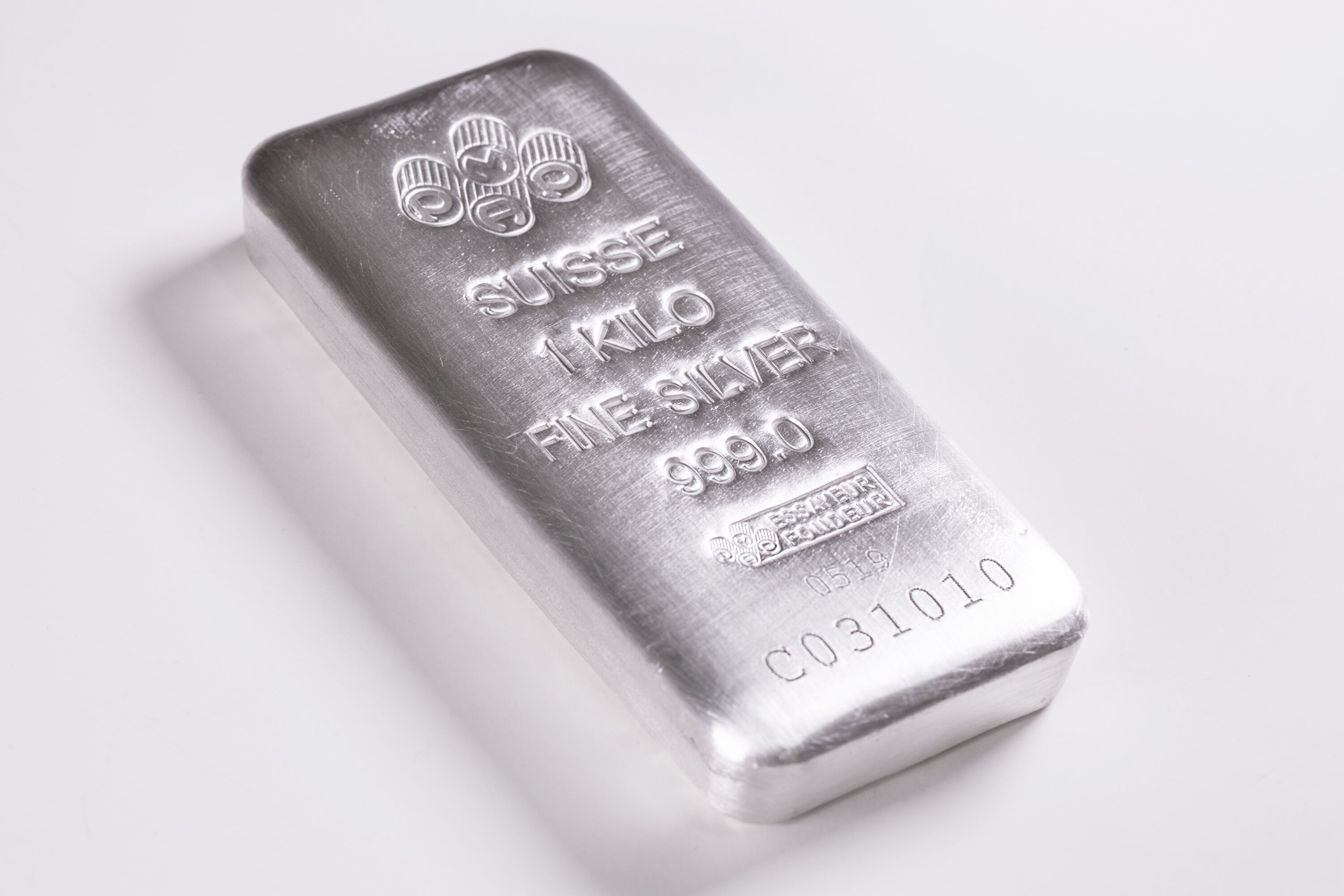 Buy The Pamp Suisse Kilo 32 15 Oz Cast Silver Bar New W